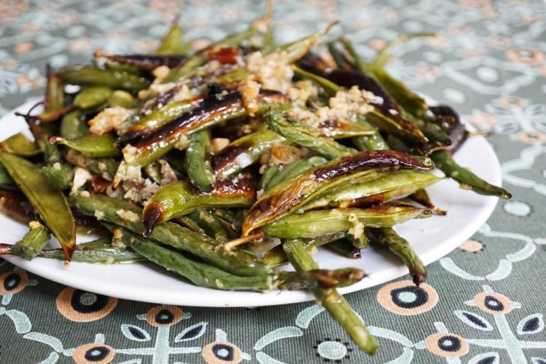 bean and pea salad detail